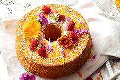 Light-as-air orange chiffon cake http://www.taste.com.au/recipes/32509/orange+chiffon+cake