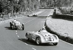 1949 Le Mans. A Monopole Sport (#44) leads an HRG (#35, powered by a Singer engine). The HRG finished 8th; the Monopole 12th.