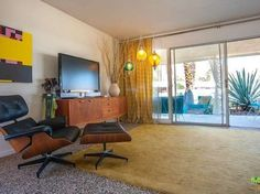 View 26 photos of this 2 bed, 2.0 bath, 1200 sqft condo located at 2210 S Calle Palo Fierro UNIT 30, Palm Springs, CA 92264 that sold on 5/13/11 for $159,000