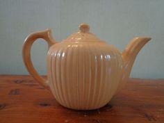 Orange / Peach FRAUNFELTER Tea Pot Teapot w/ Lid Nice Condition 6 in x 9 in