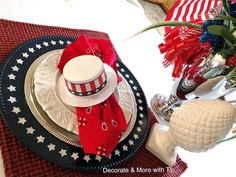 DIY STAR CHARGER PLATES - Decorate & More with Tip Patriotic Party, Charger Plates, Veterans Day, Perfect Party, Dessert Table, Craft Fairs, Fourth Of July, Independence Day, Memorial Day