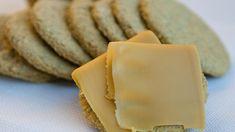 Havrekjeks Norwegian Food, Scandinavian Food, Cheat Meal, Recipe Boards, Gluten Free Cookies, No Bake Treats, Eat Breakfast, Cake Recipes, Sweet Tooth