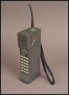 """Portable"" cell phone Nokia Mobira Cityman i love the 90s. Zack Morris phone!"