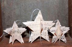 Vintage Geschenkanhänger STERNE Baumschmuck diy papercraft alte notenblätter shabby von Handmade Erzgebirge auf DaWanda.com