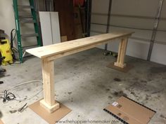 how to build console table, like the base of the legs. Easy but nice looking console furniture plan Furniture Projects, Home Furniture, Furniture Design, Pallet Furniture, Rustic Furniture, Antique Furniture, Bedroom Furniture, Geek Furniture, Console Furniture