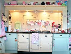 Hello Kitty Bathroom is Pastel colours with large cream range cooker