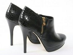 I love the alligator like pattern at the back of the heel