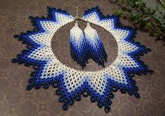 Native Beading Patterns, Peyote Beading Patterns, Beaded Necklace Patterns, Beadwork Designs, Loom Beading, Seed Bead Jewelry, Bead Jewellery, Jewelry Making Beads, Art Perle
