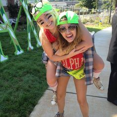 Alpha Chi Omega at University of Tennessee #AlphaChiOmega #AChiO #BidDay #neon #snapback #sorority #Tennessee