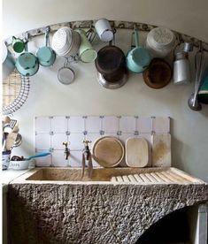 nikki renshaw (@englisheccentrichome) • Instagram photos and videos Real Kitchen, Kitchen And Bath, Kitchen Sink, Rustic Country Kitchens, Country Decor, Emma Lewis, Kitchen Design, Kitchen Decor, Kitchen Ideas