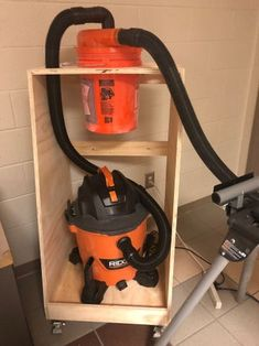 Space Saving Mobile Dust Collection Cart With Storage : 13 Steps - Instructables Wood Shop Projects, Woodworking Projects Diy, Woodworking Shop, Woodworking Plans, Diy Garage Storage, Tool Storage, Garage Workshop Organization, Storage Cart, Dust Collector Diy