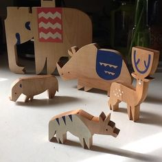 Wooden Indian safari playset, hand-carved and hand-painted | Alexander Vidal
