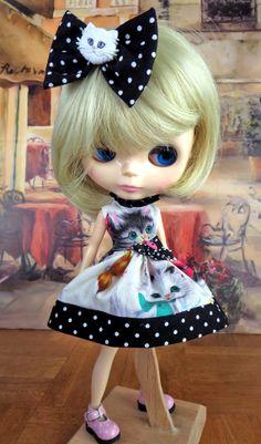 Blythe Blythe Dress Cats. By TheDollsDresser by TheDollsDresser, $22.00