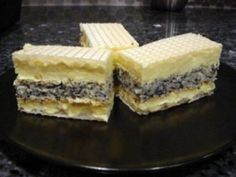 Prajitura Monica cu foi de napolitana, cocos, mac Romanian Desserts, Romanian Food, Just Desserts, Delicious Desserts, Dessert Recipes, Striped Cake, Kolaci I Torte, Hungarian Recipes, Cakes And More