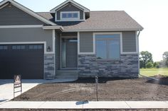 Echo Ridge Dry Stacked           The extensive palette of installer-friendly Country Ledgestone stone veneer differentiates one ledgestone from another. It also provides a more subtle blend of color.