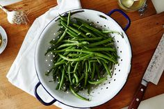 The answer to bland green beans (and the question of side dishes)—all in 8 minutes.
