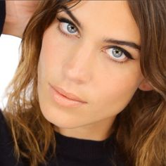 By the talented Lisa Eldridge on beautiful Alexa Chung--60's inspired winged liner + peachy nude lips