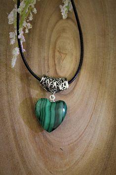 Sima-polodrahokamy / malachit prívesok - srdce z pralesa Beaded Necklace, Jewelry, Fashion, Malachite, Beaded Collar, Moda, Jewlery, Pearl Necklace, Jewerly