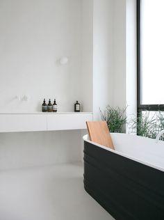 yes i would like a black bath