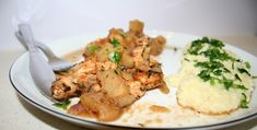 kurczak z jablkiem 2 Mashed Potatoes, Meat, Chicken, Ethnic Recipes, Food, Whipped Potatoes, Smash Potatoes, Meals, Yemek