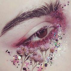 Glittery floral eyes.