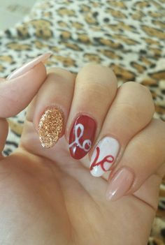 In LOVE with almond nails <3