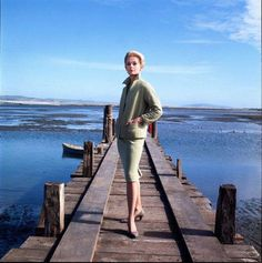 Tippi Hedren promoting The Birds. Edith Head suit. Compare to the one Grace Kelly wore in Rear Window