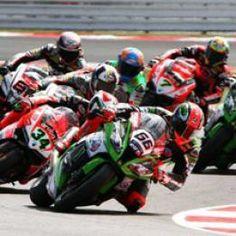 Cerchi i biglietti di SBK - MOTUL FIM Superbike World Championship al miglior prezzo? TicketPremiere ti aiuta a trovare quello che costa meno!