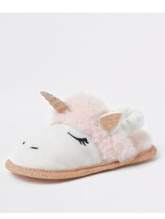 Shop our new Mini girl pink faux fur unicorn slipper at River Island today. Order now for Free Click & Collect and Delivery (Ts&Cs apply). Baby Girl Shoes, Girls Shoes, River Island, Pink Faux Fur, Womens Slippers, Ladies Slippers, Shoe Size Conversion, Pink Girl, Mini