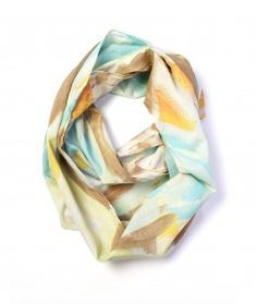 easy summer style - golden lightweight scarf by megan auman - click to view the full outfit