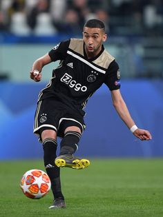 Hakim Ziyech of Ajax in action during the UEFA Champions League Quarter Final second leg match between Juventus and Ajax at Juventus Stadium on April 16 2019 in Turin Italy. Neymar, Messi, Champions League Semi Finals, Uefa Champions League, Juventus Stadium, Afc Ajax, Soccer Stars, Football Wallpaper, Madrid