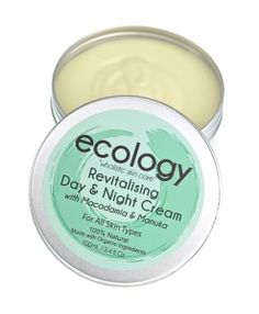 100% Natural, Paleo-friendly and Handmade using Organic Ingredients. Grass Fed, Organic Tallow, Jojoba Oil, Extra Virgin Olive Oil, Kanuka Oil. For Dry & Damaged Skin. No Preservatives or Chemicals.