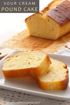Sour Cream Pound Cake Recipe - Quick Breads and Muffins - Moist Sour Cream Pound Cake Recipe, Loaf Pound Cake Recipe, Easy Pound Cake, Sour Cream Cake, Pound Cake Recipes, Easy Cake Recipes, Baking Recipes, Pound Cakes, Loaf Cake