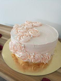 Pink cake Vanilla Cake, Baking, Desserts, Pink, Food, Tailgate Desserts, Deserts, Bakken, Essen