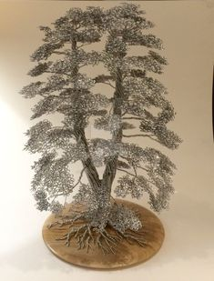 This is a gold wire bonsai tree sculpture by Ken To in the weeping style. It is planted in a Jim Barrett pot. Metal Tree Wall Art, Metal Art, Sculptures Sur Fil, Bonsai Wire, Wire Tree Sculpture, Wire Sculptures, Tree Wall Decor, Art Decor, Unique Trees