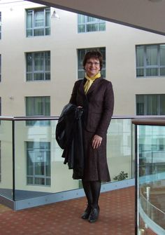 St. Emile Skirtsuit | Me in my favourite St. Emile skirtsuit in lobby of the Pullman Hotel Erfurt. I would love to spent some time like that as a business lady or secretary. In meinem Lieblingskostüm von St. Emile in der Lobby des Pullman Hotels in Erfurt. Ich würde gern ein paar Tage so als Geschäftsfrau oder Sekretärin verbringen.