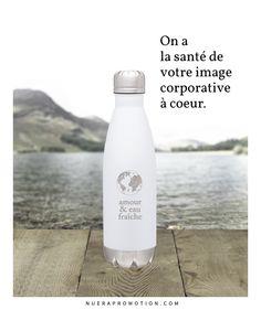 La bouteille d'eau promotionnelle réutilisable haut de gamme est une belle idée cadeau d'appréciation à remettre à vos clients et employés. Découvrez nos modèles sur notre site web & boutique en ligne . . . #objetpromotionnel #ecoresponsable #bouteilles
