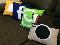 Almofadas personalizadas das minhas redes sociais favoritas!