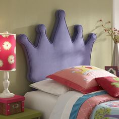 Queenly and regal, the Princess Crown Headboard is sure to be a royal addition to your childs bedroom. The unique shaped piece fits a twin size bed and packs a large punch to any room. A dramatic acce