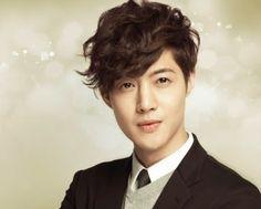 kim-hyun-joong-live-wallpaper-5-3-s-307x512.jpg (383×307)