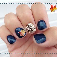 80 ideas to create the best Halloween nail decoration - My Nails Fall Toe Nails, Fall Nail Art, Gel Nails, Toe Nail Designs For Fall, Gel Nail Art Designs, Nail Ideas For Fall, Gold Manicure, Navy Nails, Seasonal Nails