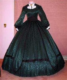Christmas+green+dress | 3528671719_46e9c2f53e.jpg