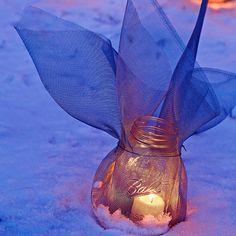 DIY Screen-wrapped mason jar luminary
