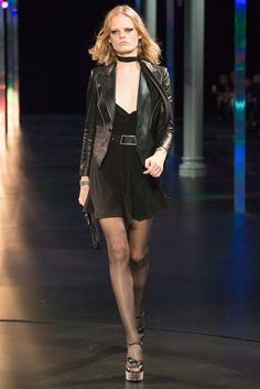 See the complete Saint Laurent Spring 2015 Ready-to-Wear collection.