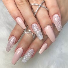 There are most popular designs for coffin nails in our gallery. Find out which designs are the most complementary for coffin nails and recreate your favorite ones. Check out our trendy ideas and get inspired. #nails #nailart #naildesign #coffinnails