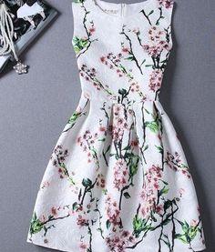 White Floral Pleated Sleeveless Fashion Dress