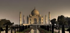 Trip to Taj Mahal : The Next Trip To One Of The 7 Wonders Of The World