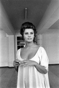 1841 Best Sophia Loren Goddess Images In 2019 Sophia Loren