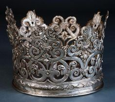 Silver Portuguese Crown . Seventh century