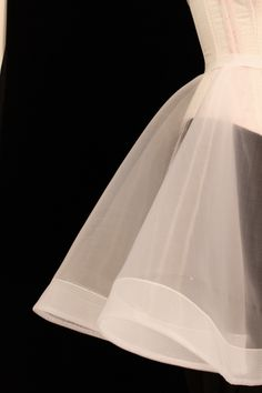 Best 12 Details of the mesh crinoline hemmed with horsehair braid – both products from Farthingales Fabric Tutu, Wedding Dress Patterns, Dress Making Patterns, Teen Vogue Fashion, Draping Techniques, Couture Sewing Techniques, Luxury Wedding Dress, Horse Hair, Modest Wedding Dresses